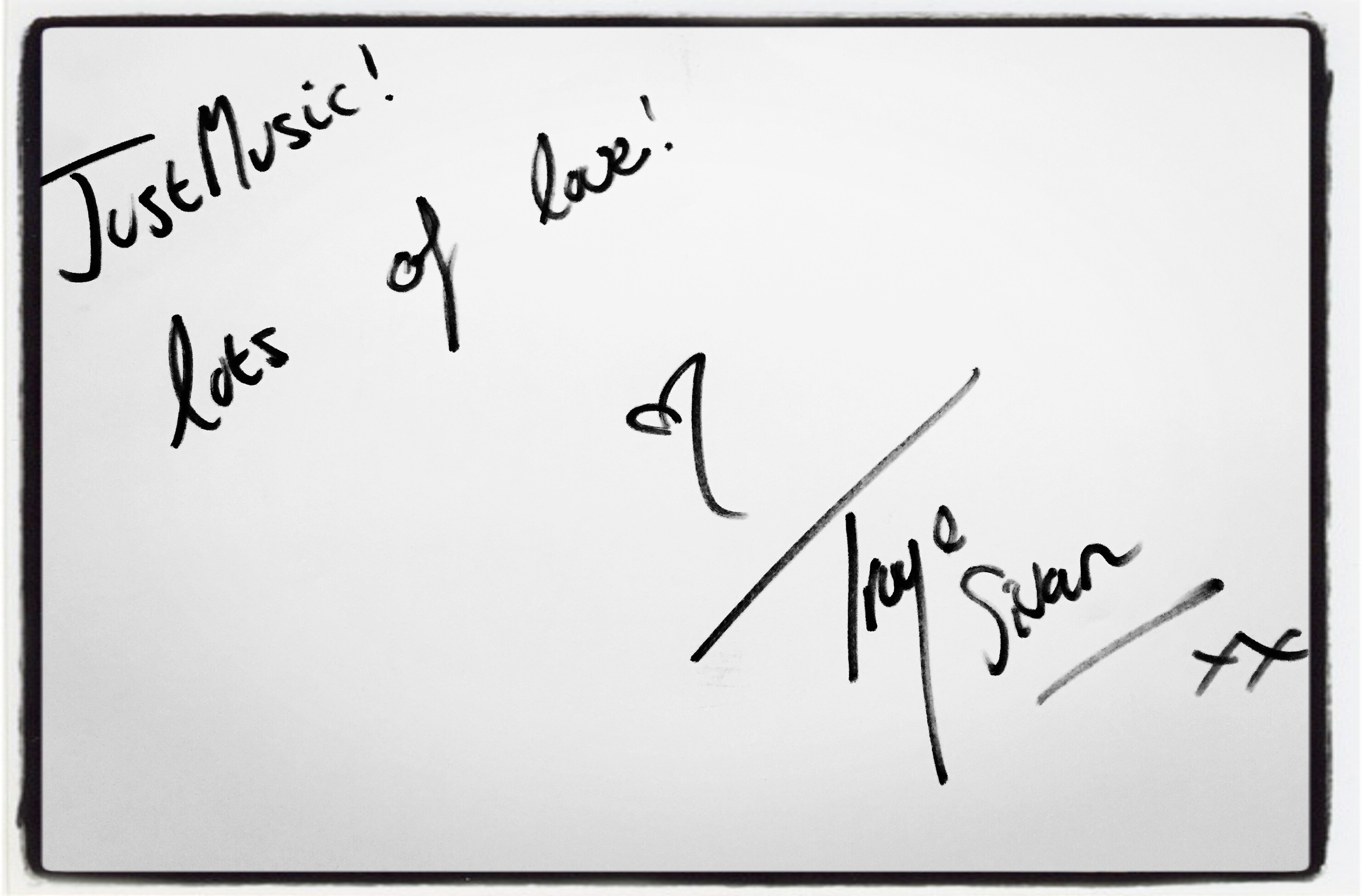 Troye Sivan Dédicace JustMusic.fr